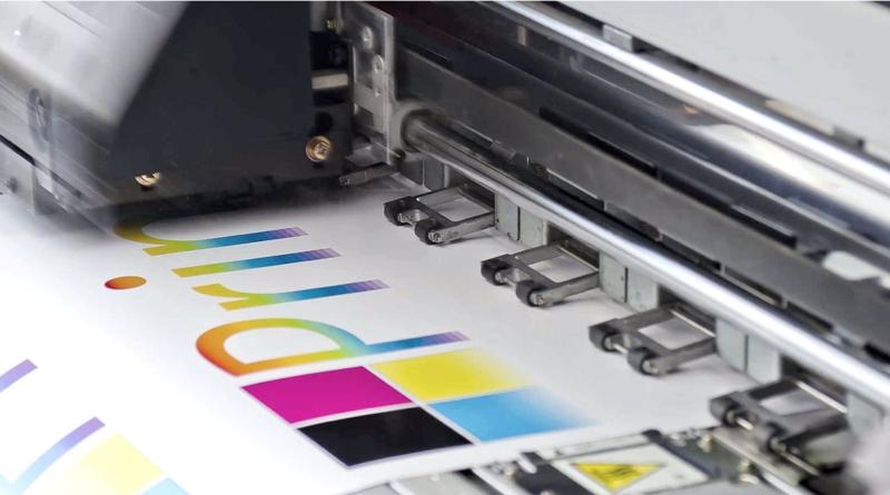 Las ventajas de imprimir un catálogo o libro en una imprenta online