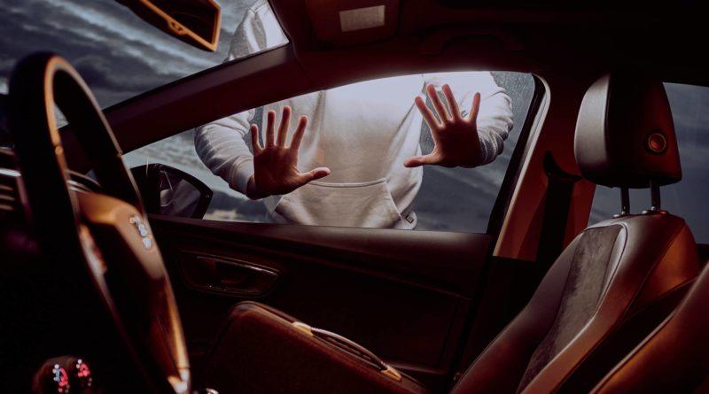 Medidas preventivas para evitar ser víctima de un robo en la calle